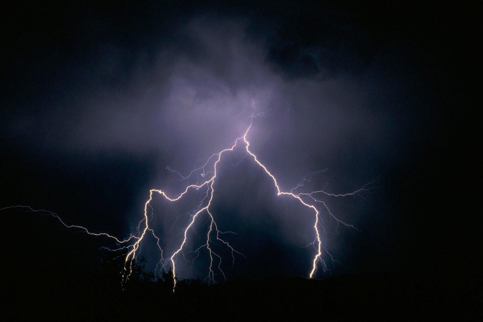 yellow lightning wallpaper - photo #31