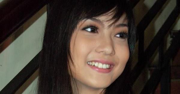 Indonesian Celebrity: Foto Bugil Marissa Jeffryna