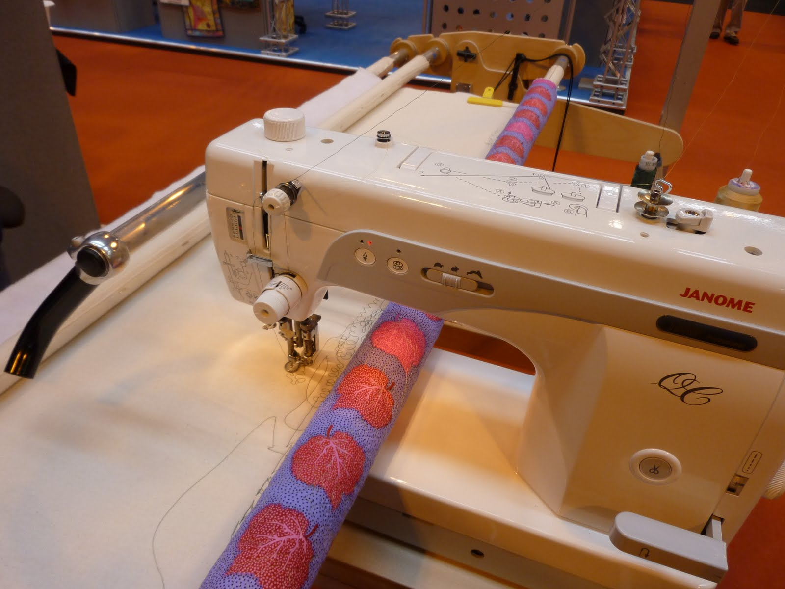 Sew Janome Freestyle Quilting Frame Using The Janome 1600p