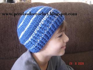 Renata Vieira Pérolas do Crochet  Gorro de croche para meninos a4bf4de569b