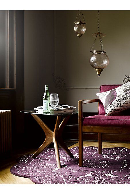 When should you use a round rug Rules and a success story  bossy color Annie Elliott Interior