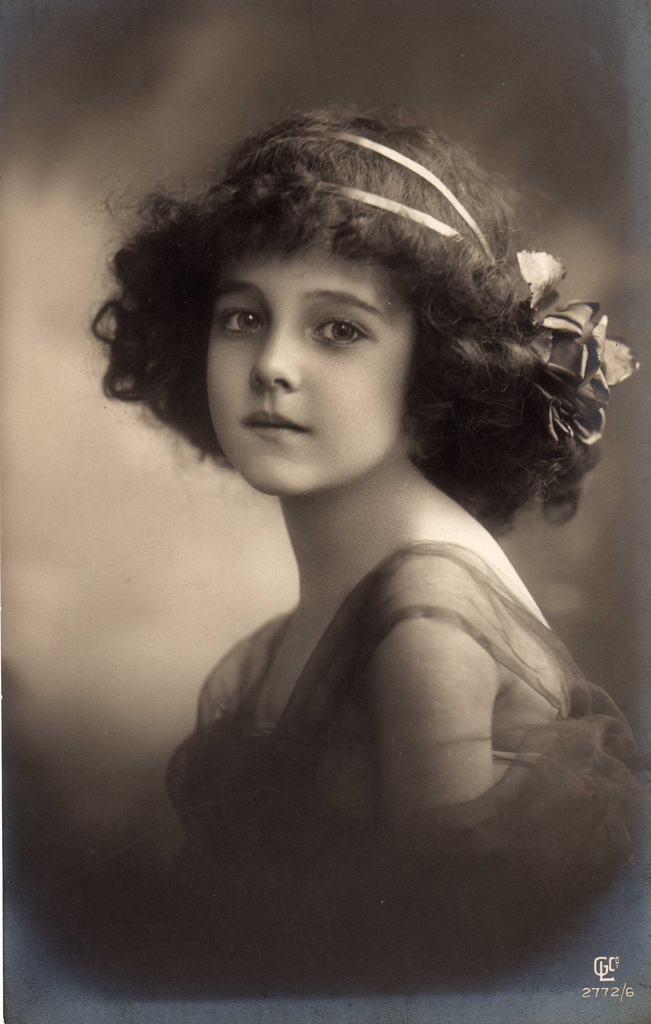 "Beauty Portrait Of A Young Beautiful Teen Girl Stock: TYWKIWDBI (""Tai-Wiki-Widbee""): Edwardian Girl (1911"
