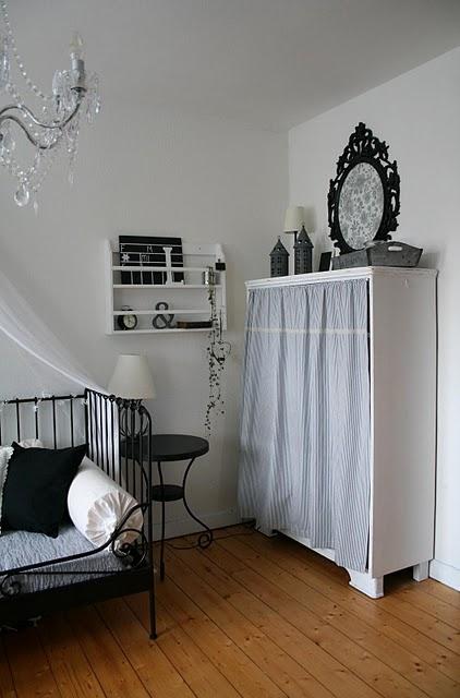 blaubeerhaus schwarz trifft wei. Black Bedroom Furniture Sets. Home Design Ideas