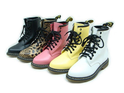 Your Shopping Kaki - A Review Blog  Product Review  Doc Martens Boots ce935e4f89