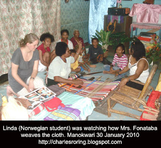 Norwegian student with Papuan artist in Manokwari