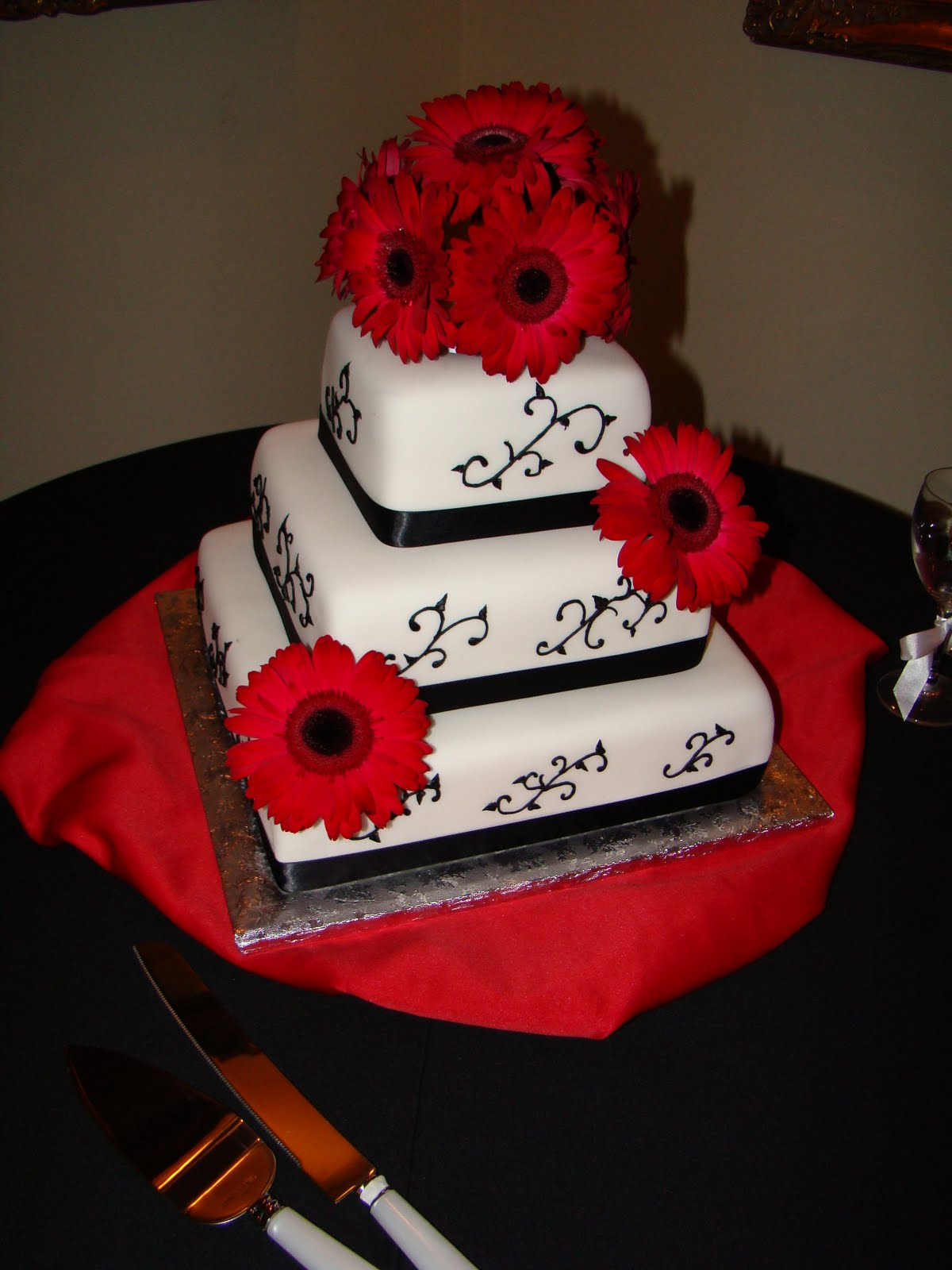 Valerie S Cakes Red And Black Wedding Cake
