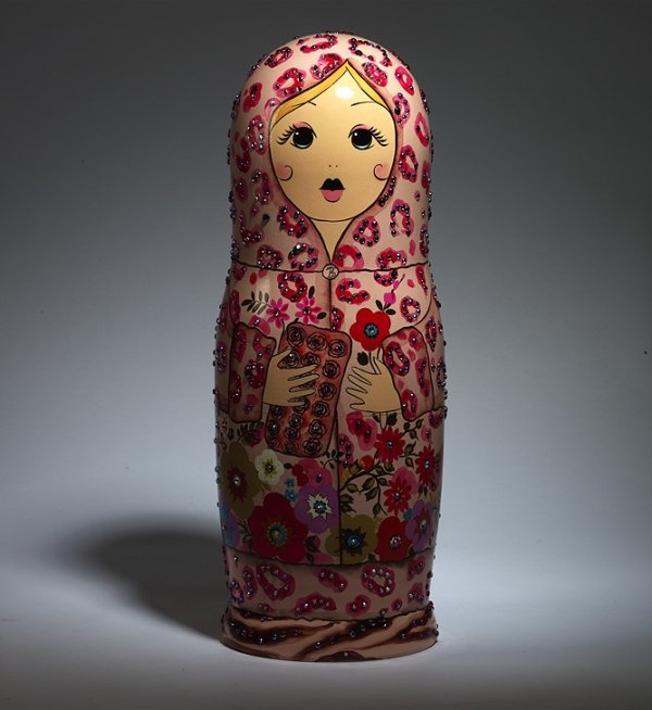 Beautiful Russian nesting dolls: 14