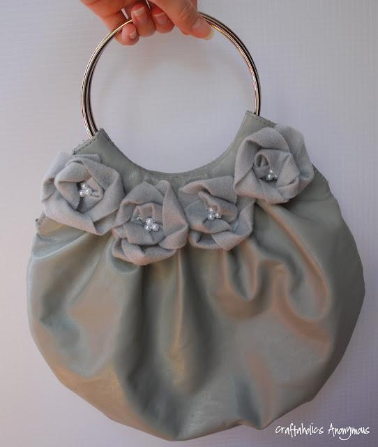 Цветы из ткани- декор сумки.