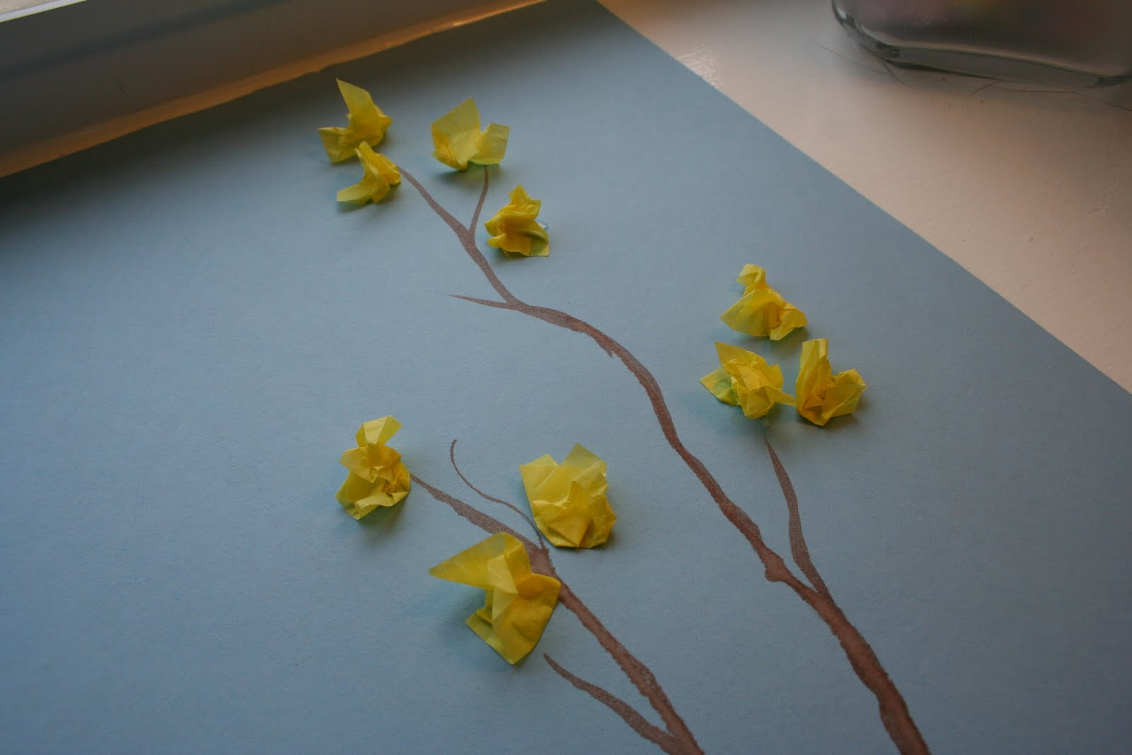 Tissue Paper Craft Ideas For Kids Part - 41: Easy Kid Spring Art Craft: Tissue Paper Forsythia