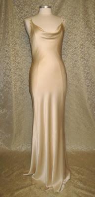 Bride Chic Drop Dead Gorgeous Deco Dressing