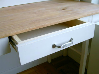 diy simple desk with single drawer