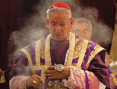 Nowy Ruch Liturgiczny: Kardynał Hoyos: Uwolnienie Mszy Trydenckiej przynosi  pierwsze owoce