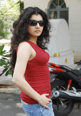 ActressBeauty: Archana(Veda) Red Hot Gallery Shows Tight ...