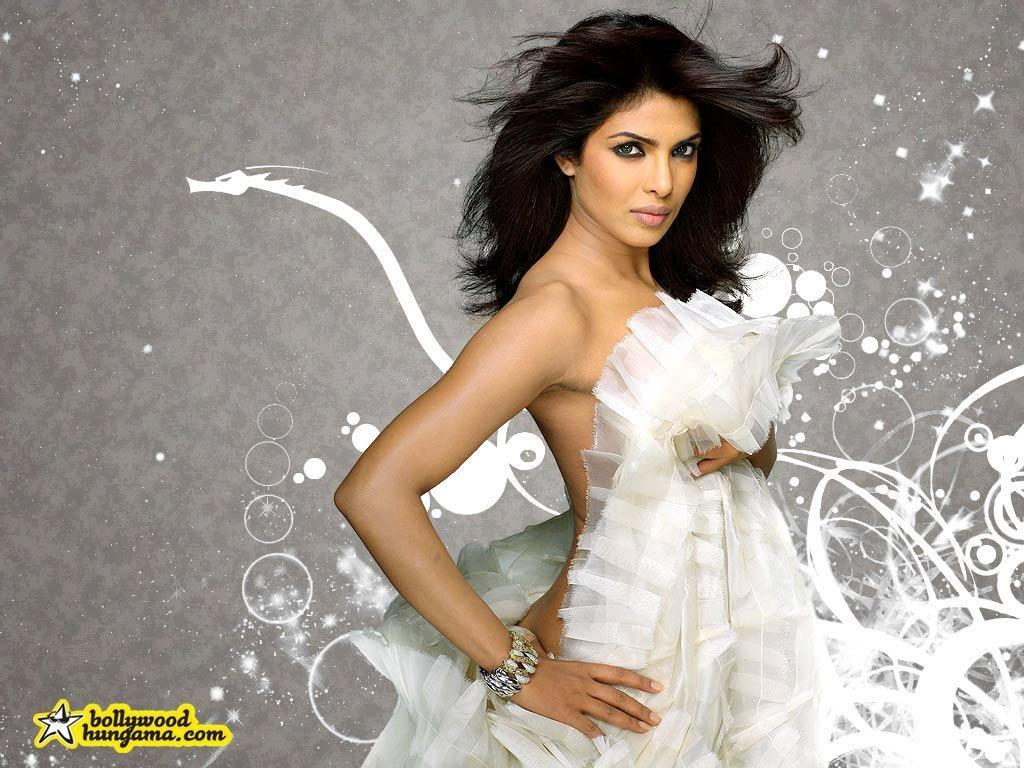 Actress Hot Photos Priyanka Chopra Hot Stills-2022