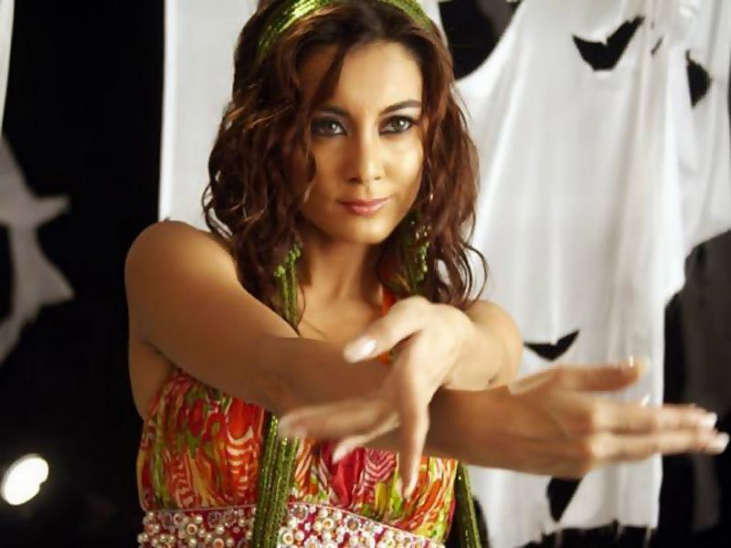 Bollywood Fan Minissha Lamba Hot Wallpapers Hot Bikini -7732