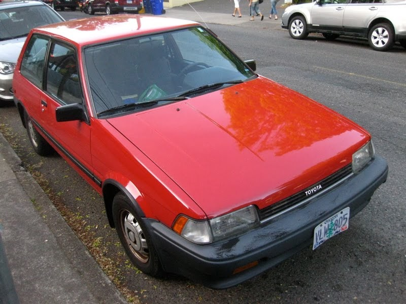 OLD PARKED CARS.: 1988 Toyota Corolla FX.