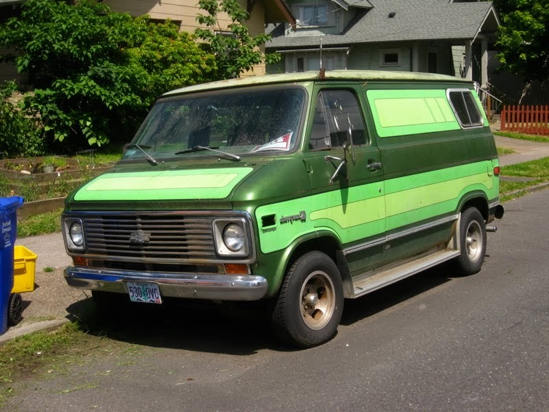 old parked cars 1975 chevy van 20 contempo. Black Bedroom Furniture Sets. Home Design Ideas