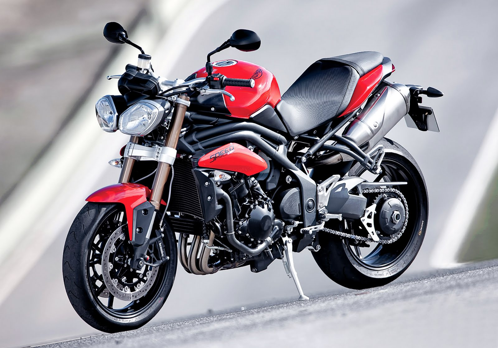 burn the hell 39 s highway 2011 triumph speed triple. Black Bedroom Furniture Sets. Home Design Ideas