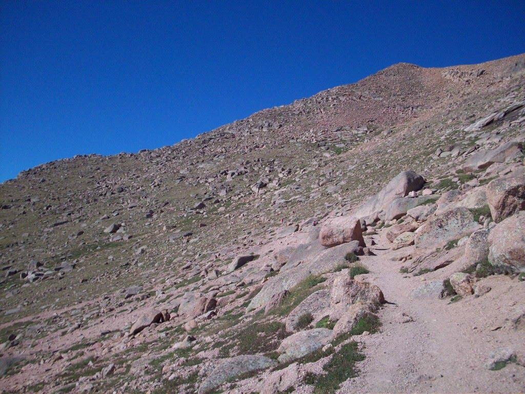 vegan dirt runner pikes peak barr trail