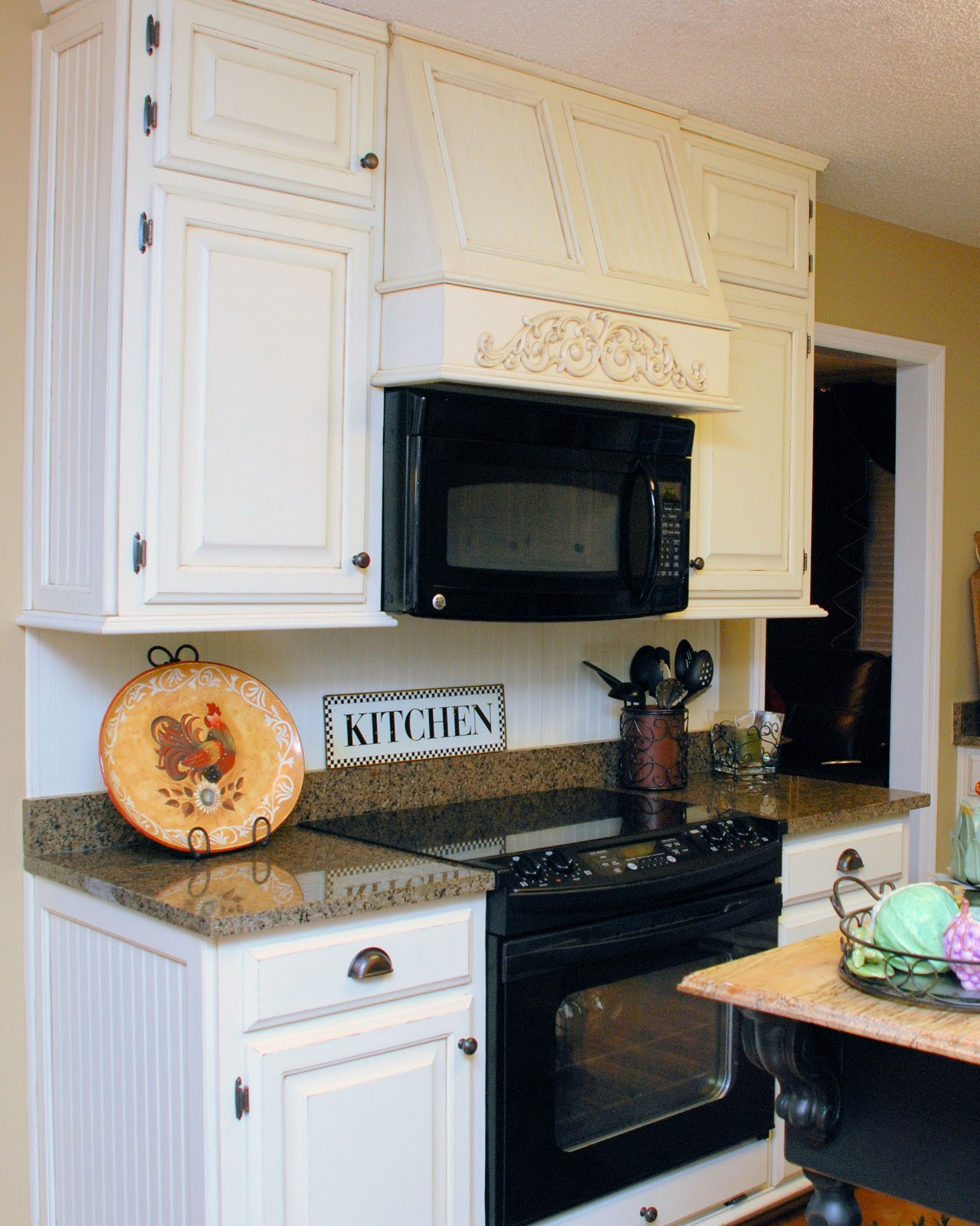 Southern Inspirations My Quot Fake Quot Kitchen Microwave Hood