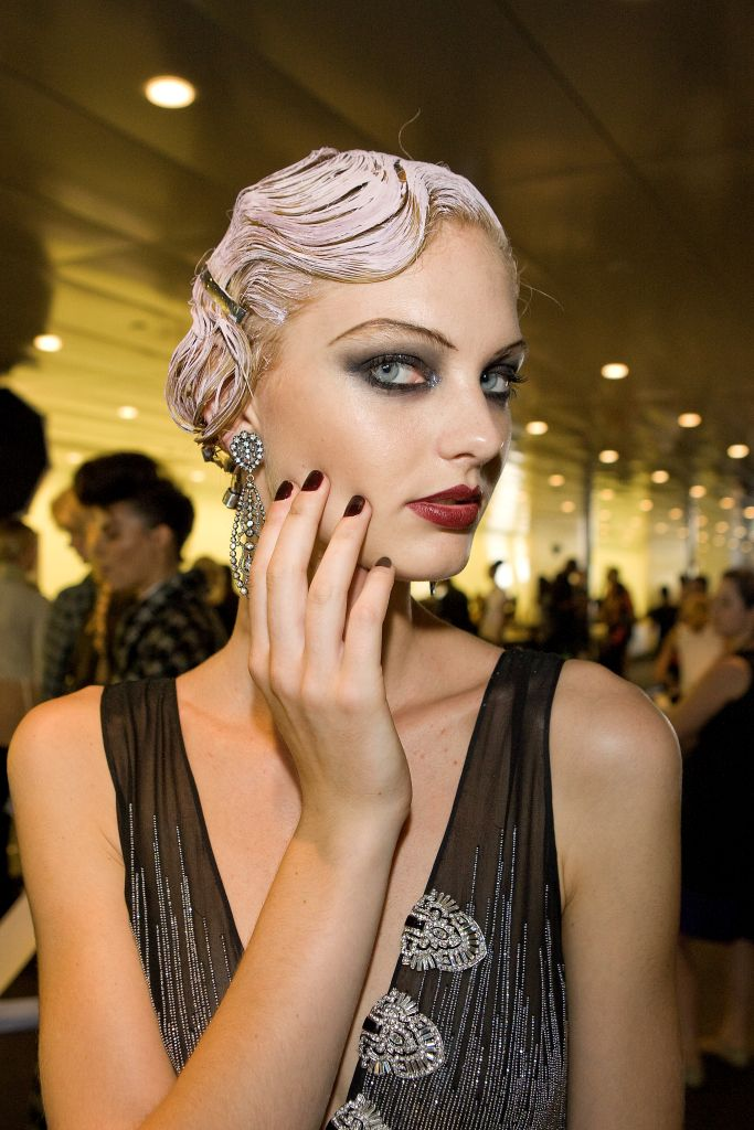Chloe beauty nyc new york fashion week nail trends with dashing diva - Diva nails and beauty ...