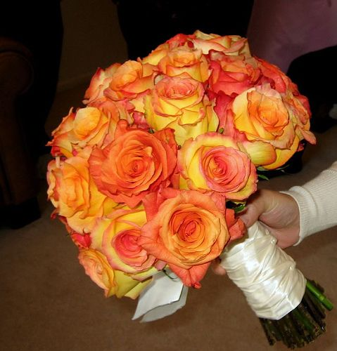 Wedding Flowers Yellow Roses: Bouquet Bridal: Orange And Yellow Roses Bridal Bouquet