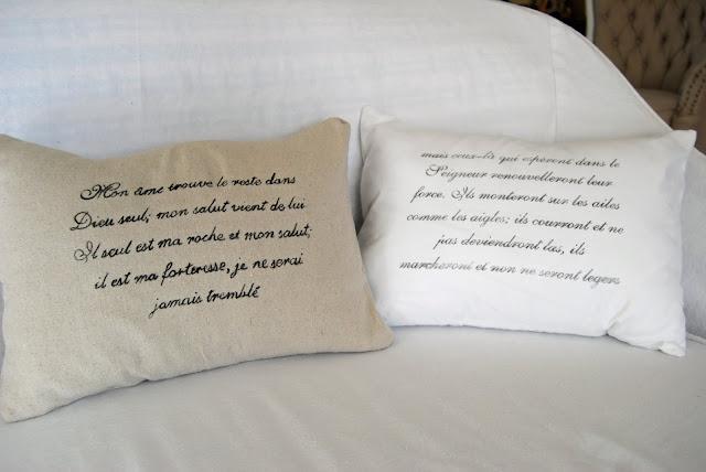 http://4.bp.blogspot.com/_U7kP6eD-fus/TILWp8-EsaI/AAAAAAAAAR4/RTwgKwMCUrk/s1600/cirtasolv+pillows.jpg