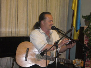 Володимир Самайда (http://vechoryspivslova. blogspot.com/)