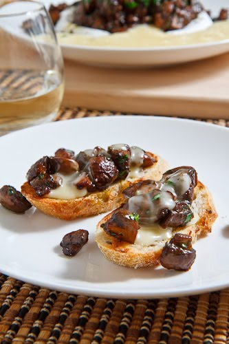 Baked Brie Topped with Mushrooms