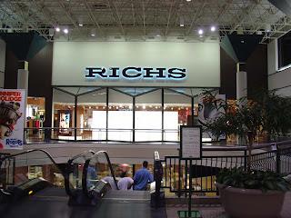 Sky City: Retail History: Southlake Mall: Morrow, GA