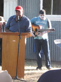 Singer Roger Knox sings I Am An Aborigine