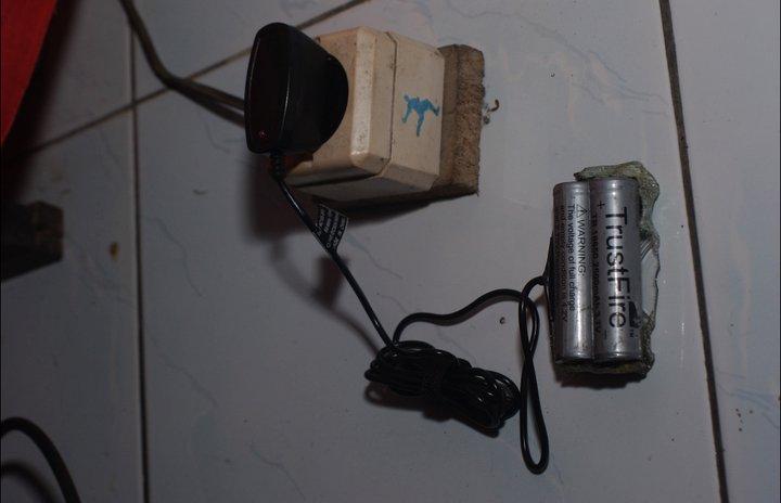 Baterai Modif Nikon D1x: Baterai Modifikasi Nikon D1X