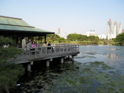 Tea house, Hama Rikyu Gardens