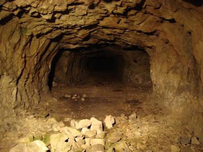Tunnel complex, Matsushiro Daihonei, Nagano