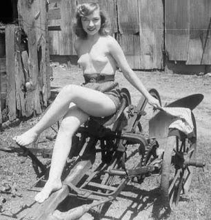 Nude Tractors 107