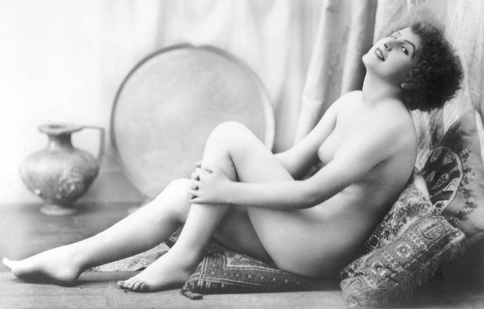 Erotica: Postcards