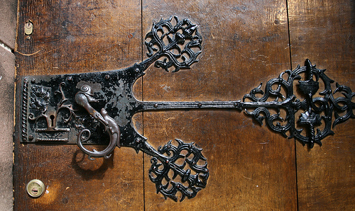 Even We Were Impressed With These Ones Thought You Might Like To See How Weird And Wonderful The Art Of Unusual Door Handles Can Be