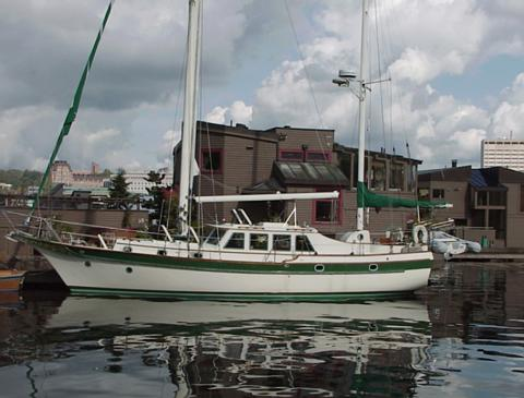 Windhover+2000 Boat Pilothouse Designs on boat center console designs, boat cabin designs, boat custom designs, boat trailers designs, boat launch designs, boat deck designs, boat galley designs, boat sail designs,