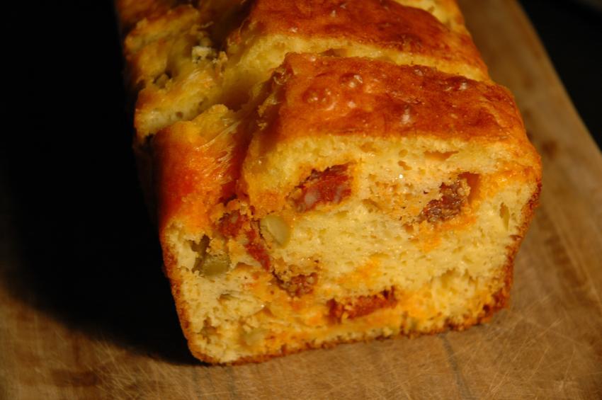 Cake Chorizo Olives Vertes
