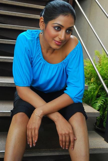 Actress Padma Priya Still 1