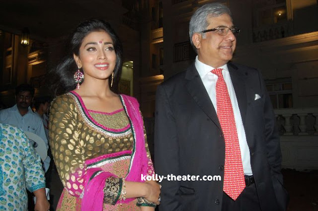 Simbu and Shriya @ Hiranandani Palace Gardens stills 8