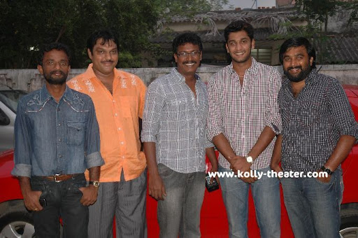 Directors Sasikumar,Samuthirakani and Pandiraj sing for 'Vamsam' movie