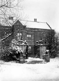 Knostrop Hall, photo vers 1910. Copyright Leeds Library & Information Services, http://www.leodis.net/