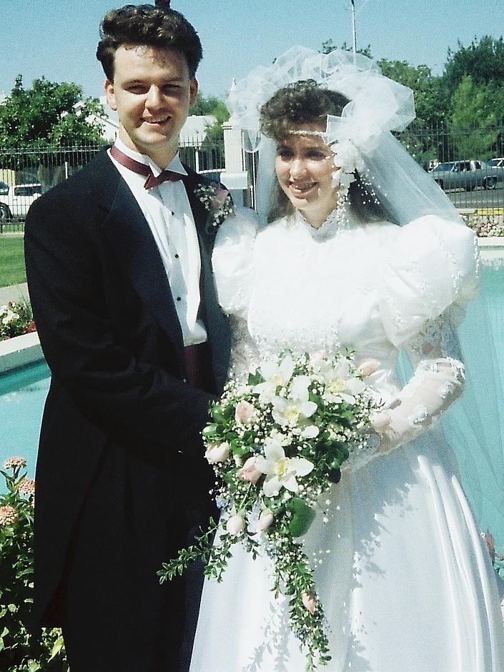 ALLXYS: WARNING....80's WEDDING PHOTOS