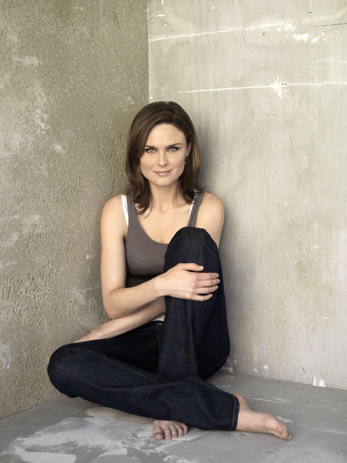 Remarkable, Emily deschanel naked feet consider
