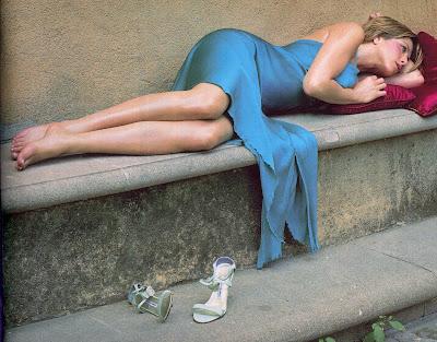 Photo gallery celebrity feet - Jennifer aniston barefoot ...