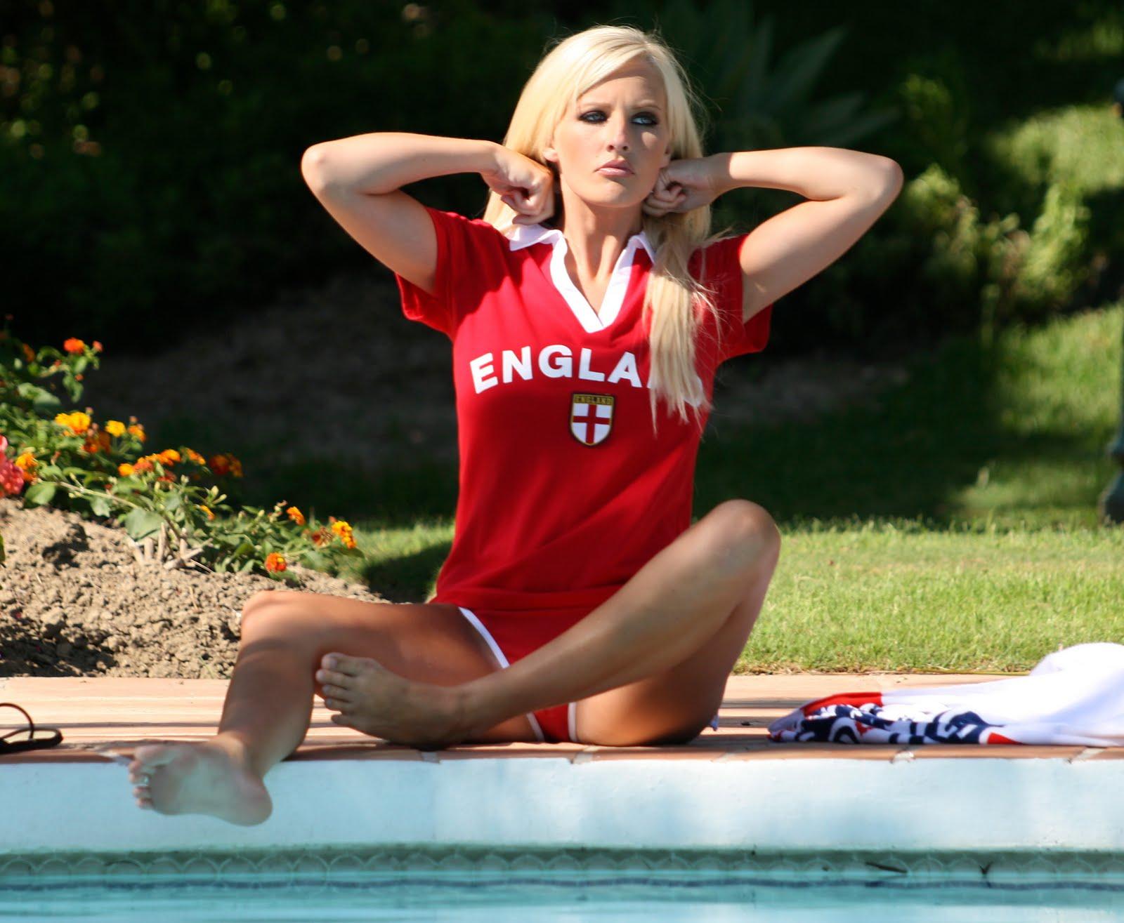 female celebrity michelle marsh - photo #49