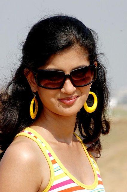 Tamil Actress Vega