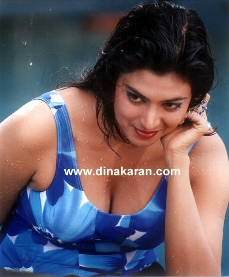 Tamil Sexy Actress: KASTURI
