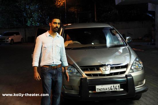 Nadunisi Naigal Movie Stills-4